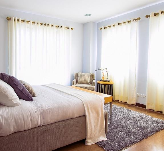 How to Store Drapes & Curtains